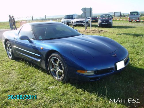 Corvette-bleue.JPG