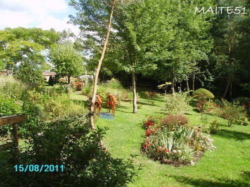 Jardin-japonais-a-Rion-des-Landes.JPG
