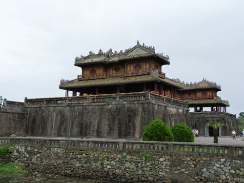 09-Hue-entree cite imperiale