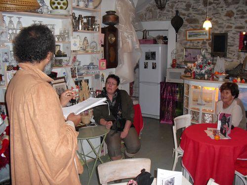 CRIEUR-PUBLIC-DECEMBRE-2010-001.jpg