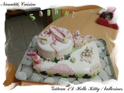 Gâteau 3d Hello Kitty ballerines 1