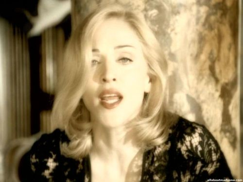 madonna-love-dont-live-here-anymore-video-cap-0019.jpg