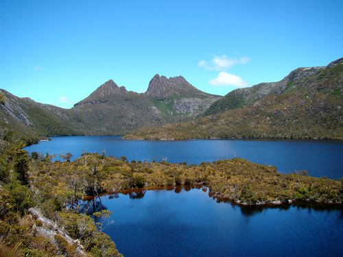 Cradle Mountain Behind Dove Lake