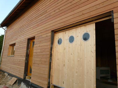 Lasure sur les lambris de sous toiture et huile sur le - Lambris bois exterieur sous toiture ...