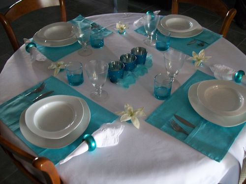 table-turquoise-013.jpg
