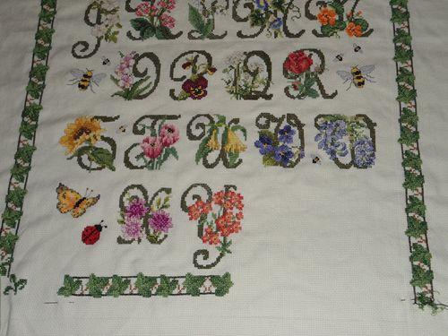 47 mon Garden Alphabet