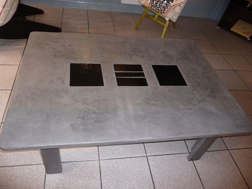 Tables de b ton cir et de gu ridon b ton cir - Table de salon en beton cire ...