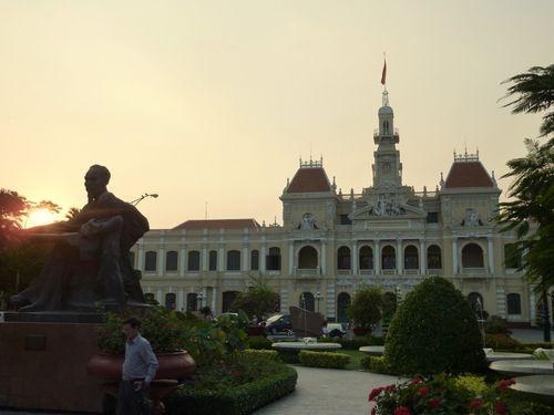 01 Saigon - Townhall 04