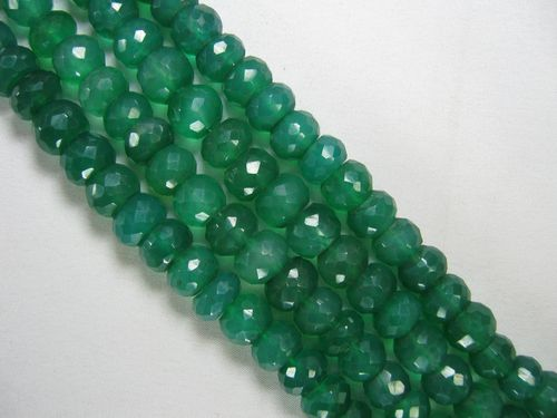 green-onyx-faceted-beads