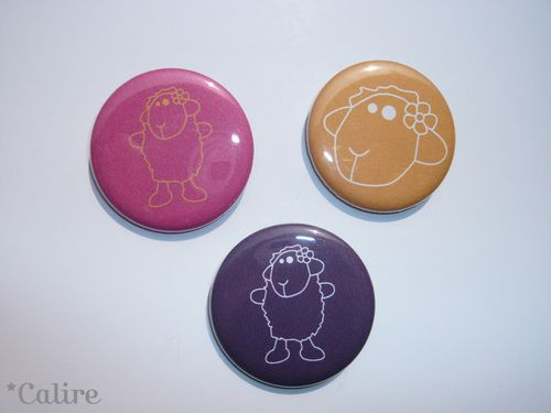 badges-moutons-couleur.JPG