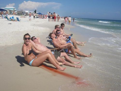 fail-femme-regle-plage-eau-epic-youporn-noyan.jpg