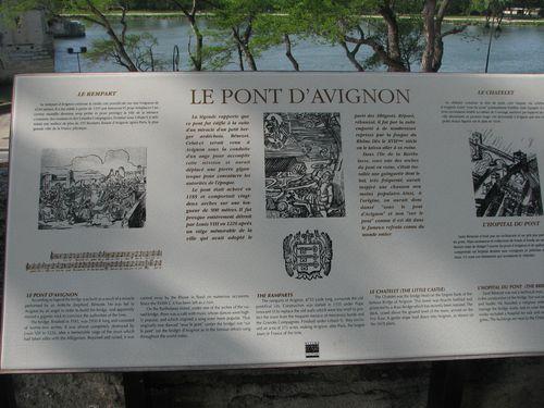2011.04.12-Avignon---Ecriteau-a-propos-du-pont.jpg