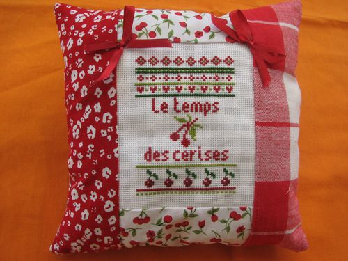 2010.08.11 Coussin Chantal2-copie-1