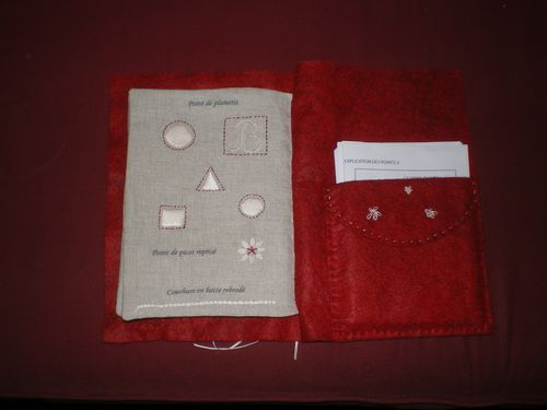 pages livre broderie (5)