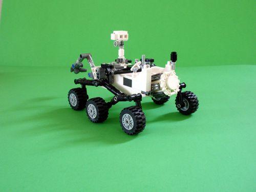 004-lego-mars-curiosity-rover-1371581337