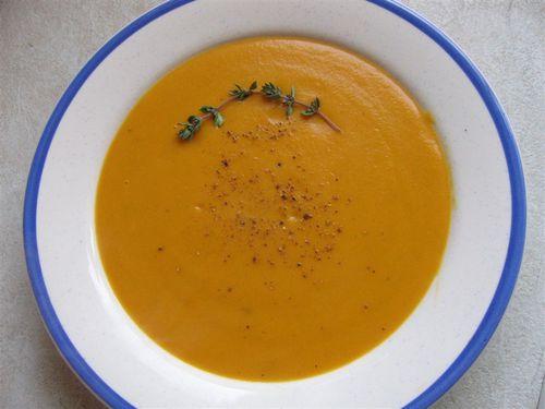 Soupe carottes à la coriandre