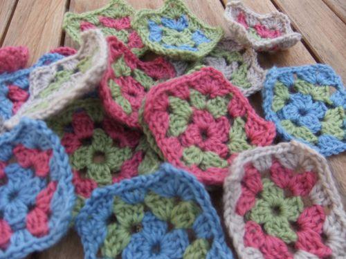 Crochet addict Août 2011 008