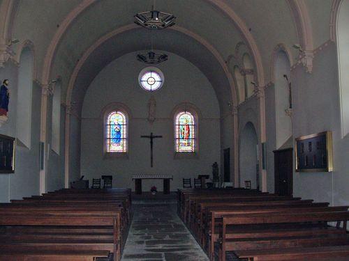 39- l'intérieur de l'église