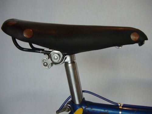 R selle new