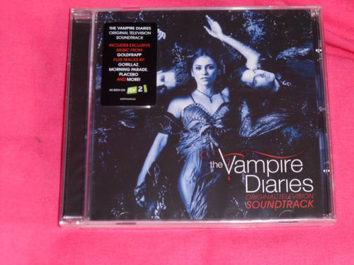 CD-the-vampire-diaries.JPG