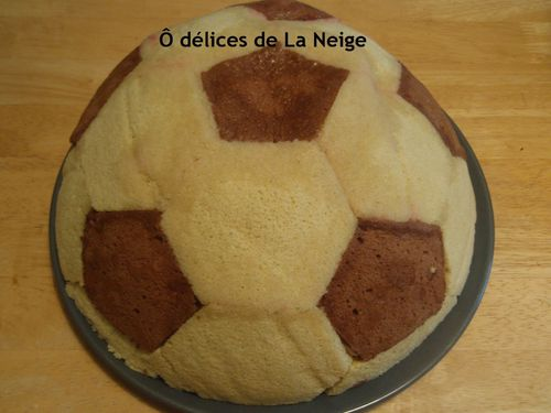 Faire un gateau en ballon de foot