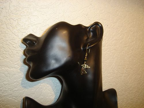 Boucles-d-oreilles--Swarovski-Levriers-Galgos-Greyhounds.JPG
