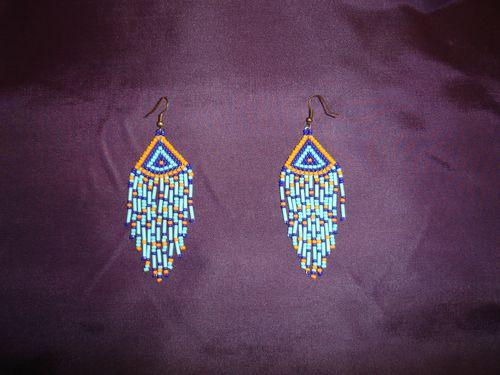 boucles-d-oreilles-ethniques--amerindiennes.JPG