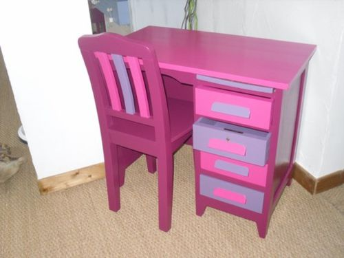 bureau et chaise prune fushia violet relooking de meubles et cuisines. Black Bedroom Furniture Sets. Home Design Ideas