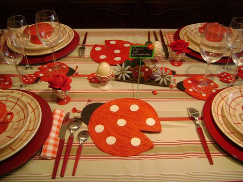 collections-grenouilles-dehors--renard--table-pois-copie-3.jpg