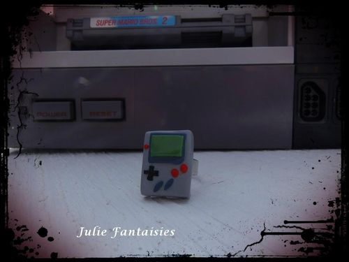 BAF-Bague-gameboy-en-fimo-bague-retro-gaming-retro-event-.jpg