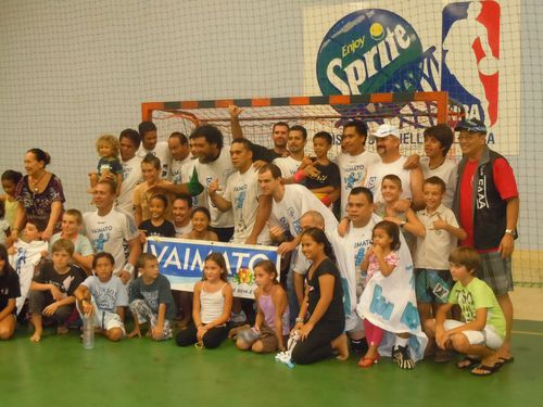 Champion-de-TAHITI-2012.JPG