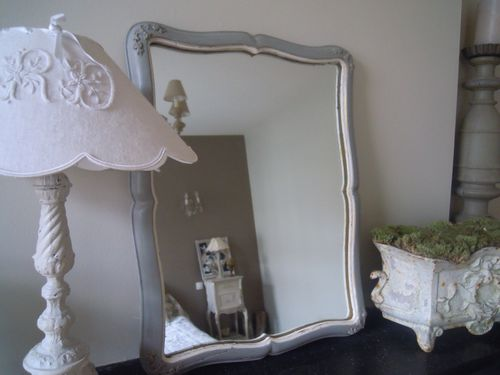 miroir ancien patin l 39 ancienne blanc et gris marie antoinette patine et gaufre blog. Black Bedroom Furniture Sets. Home Design Ideas