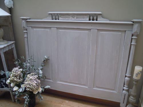 t te de lit ancienne patin e gris galet patine et gaufre blog d coration de charme. Black Bedroom Furniture Sets. Home Design Ideas
