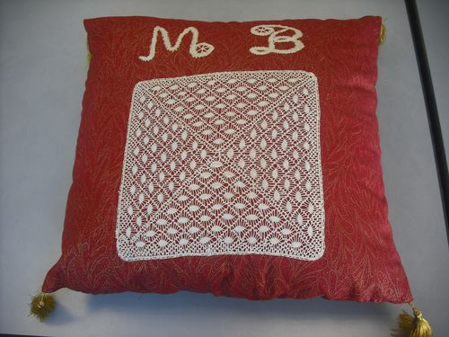 2013-08 coussin Marie Reine