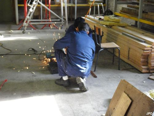 Versailles Dim 09.01.11 Des hommes au travail (5)