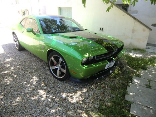 blog-168-dodge-challenger-SRT.jpg