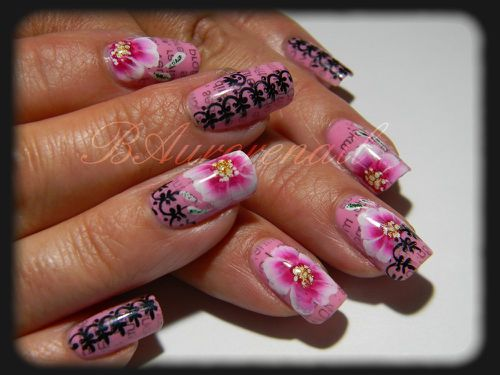 nail-art-rose-one-stroke-effet-journal-et-stamping-copie-3.jpg