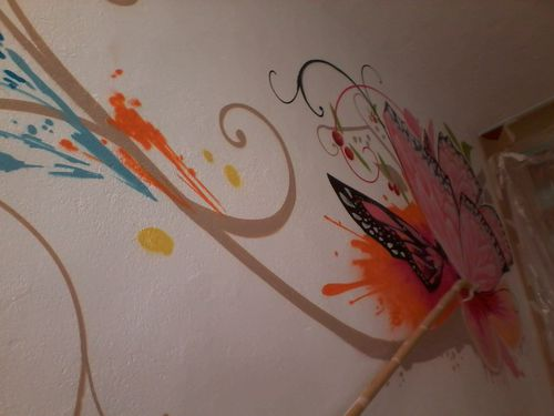 Graffiti de interior escaleras 01