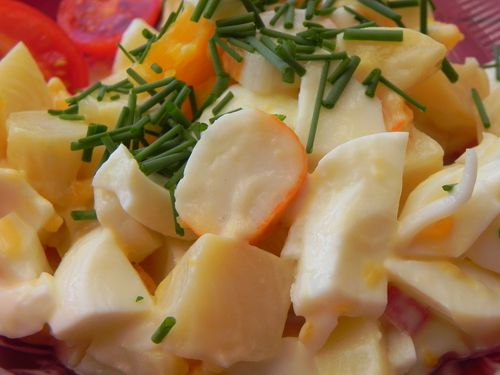 Salade-de-pommes-de-terre-au-surimi--1-.JPG