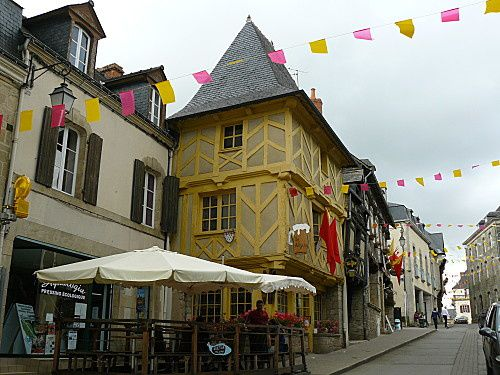 Josselin sa ville - son chateau (10)-copie-1