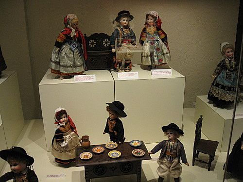 musee-poupees--1-.jpg