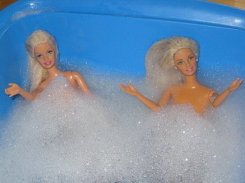 barbies-dans-leur-bain---jpg