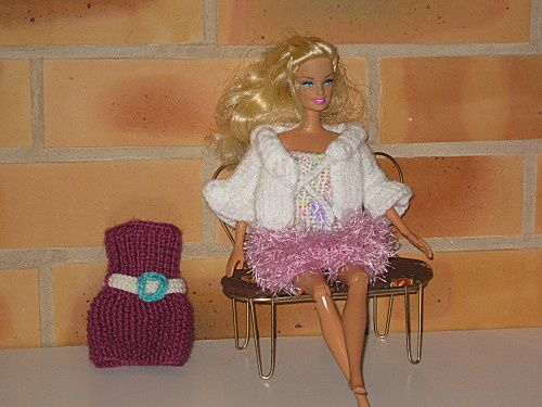 tuto-robe-facile-pour-barbie--1-.jpg