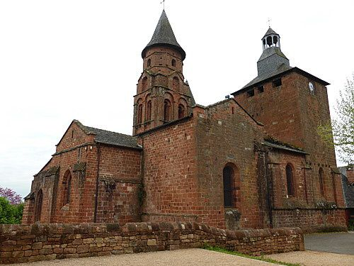 eglise-st-pierre-de-collonges--5-.jpg