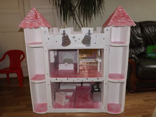 Comment faire une maison de barbie en papier conception - Chateau de barbie ...