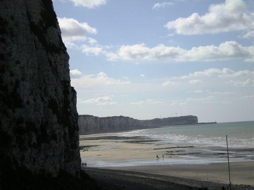 l'autre côté de la plage de Veules les Roses