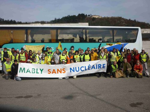 mably sans nucleaire vienne chaine humaine3