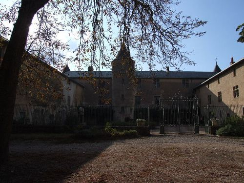 13-chateau-de-Fayet.JPG