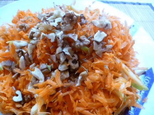 Salade-carottes-noix-2.JPG