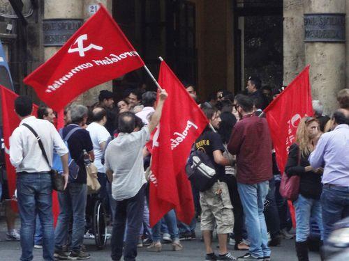 A Palermo, la protesta per la sospensione dei serivizi essenziali di assistenza ai disabile, porta a qualche promessa concreta